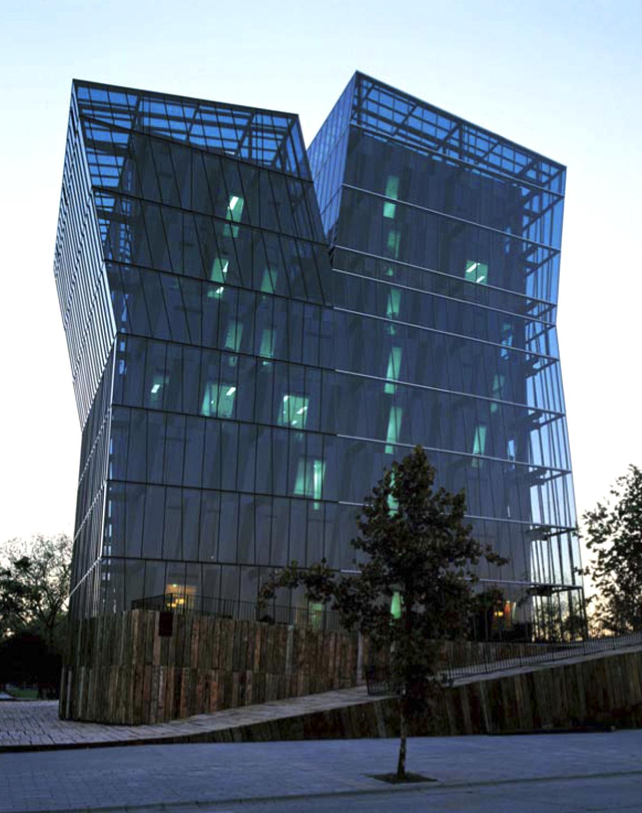 alejandro-aravena-premio-pritzke-arquitectura-2016-2
