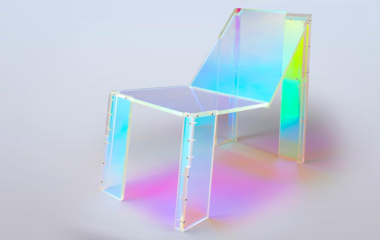 daft-punk-silla-acrilico-colores-arcoiris-1