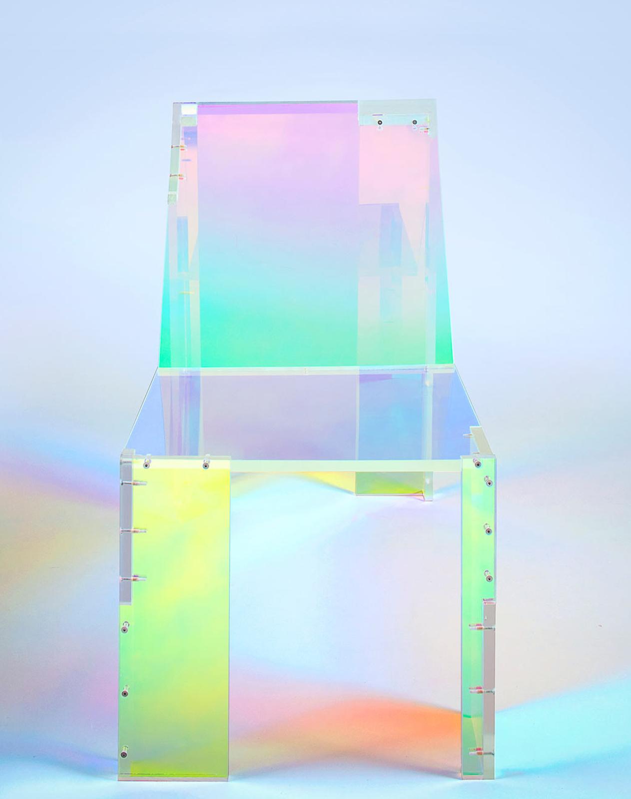daft-punk-silla-acrilico-colores-arcoiris-3